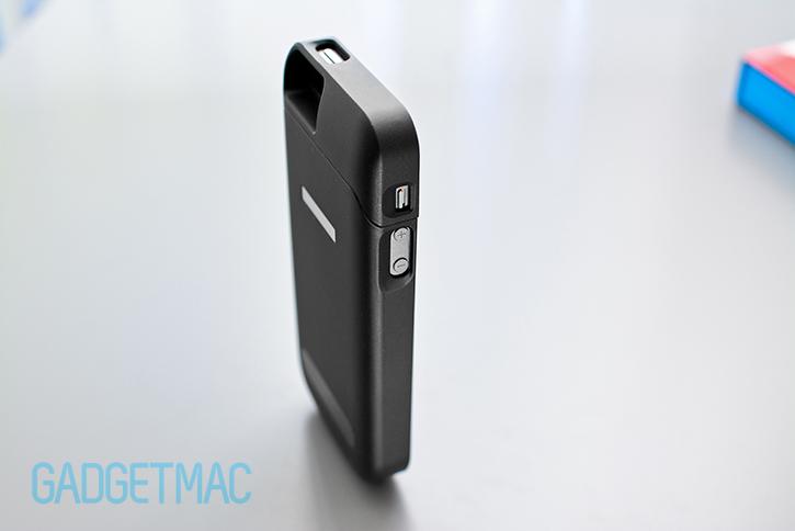 phonesuit_elite_iphone_5_5s_battery_case.jpg