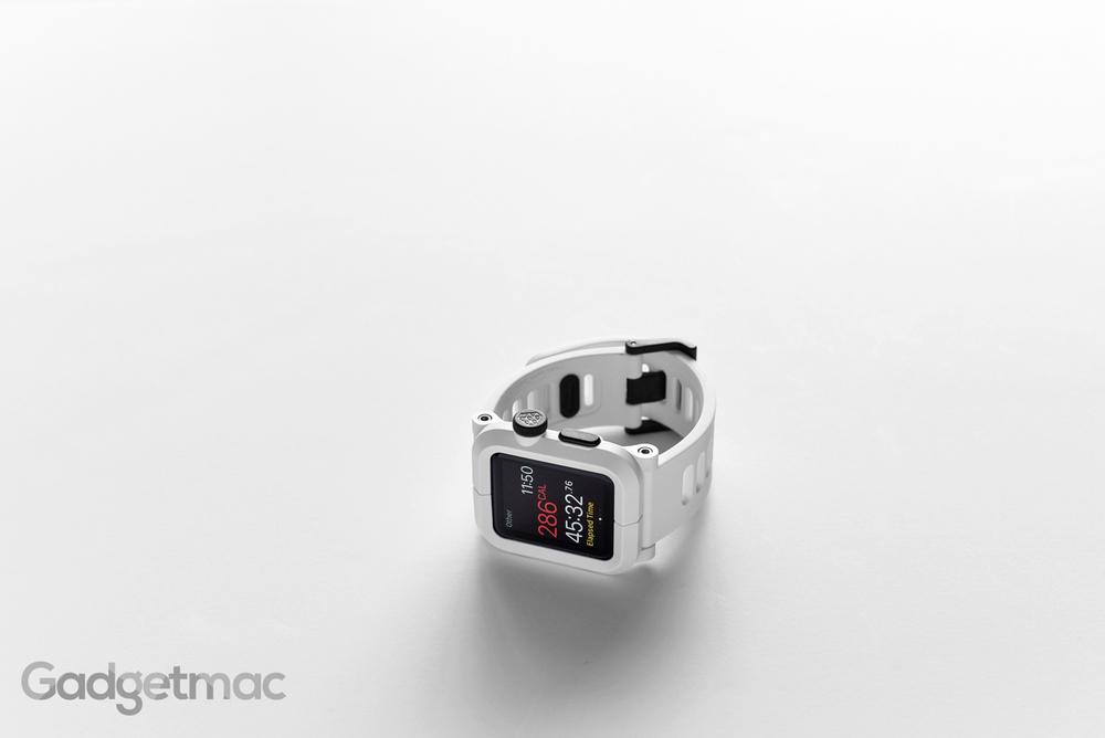lunatik_epik_polycarbonate_case_for_apple_watch_3.jpg