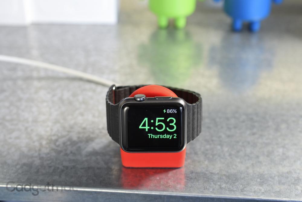 apple watch nightstand dock 2