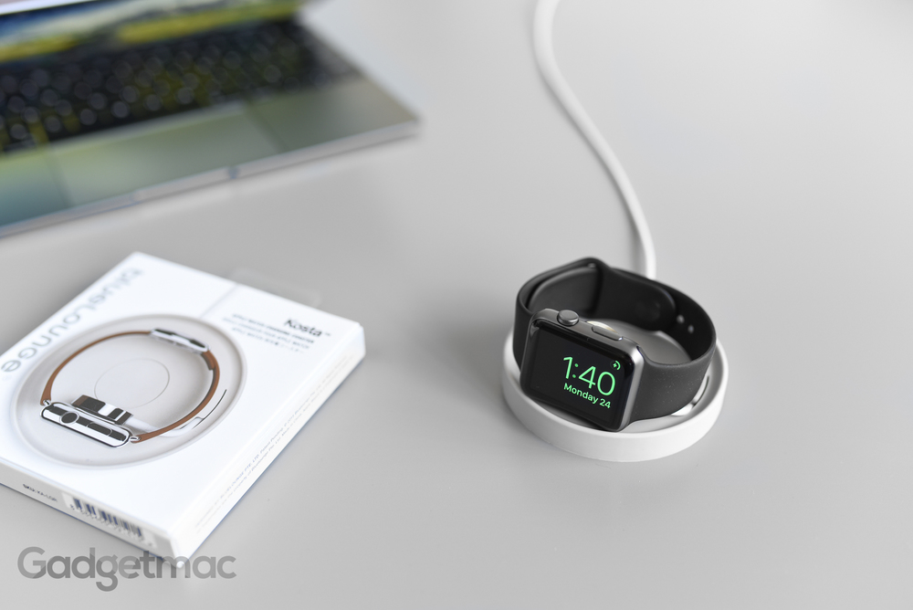 bluelounge_kosta_apple_watch_charging_coaster_dock_hero.jpg
