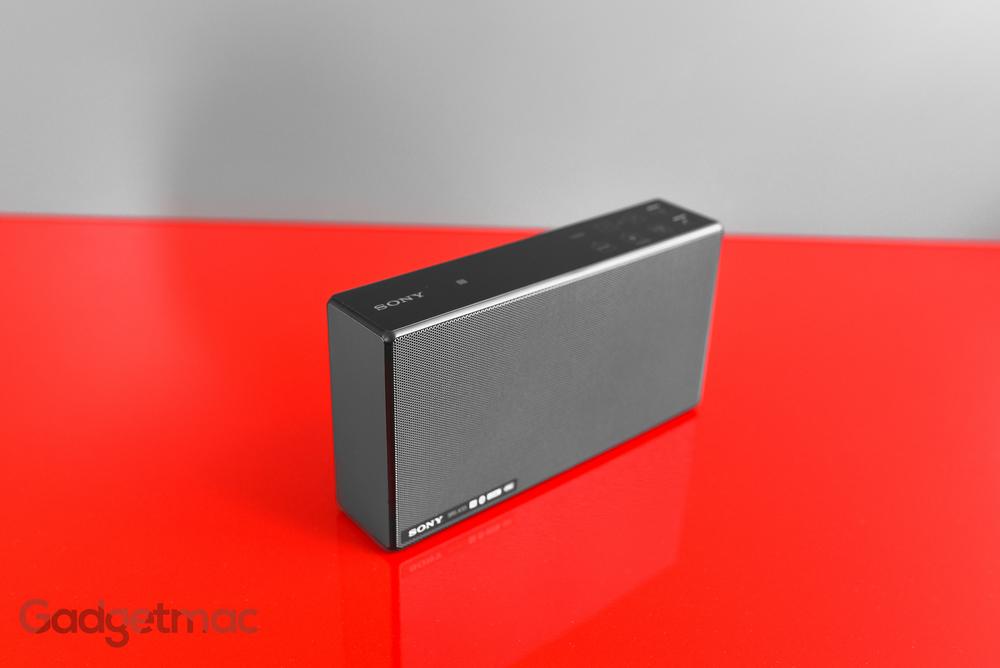 sony-srs-x55-portable-wireless-speaker.jpg