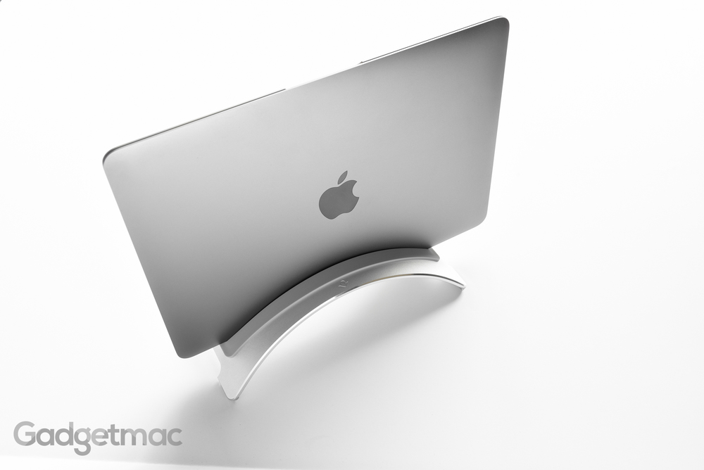 twelve-south-bookarc-aluminum-retina-macbook-desktop-stand-3.jpg