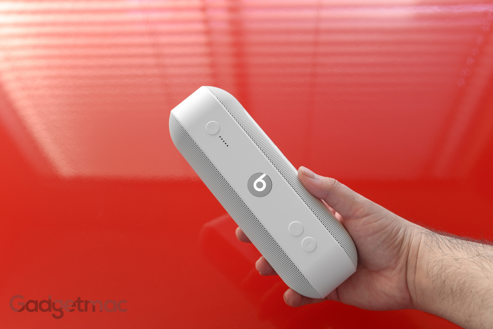 beats-pill-plus-portable-wireless-speaker-white.jpg