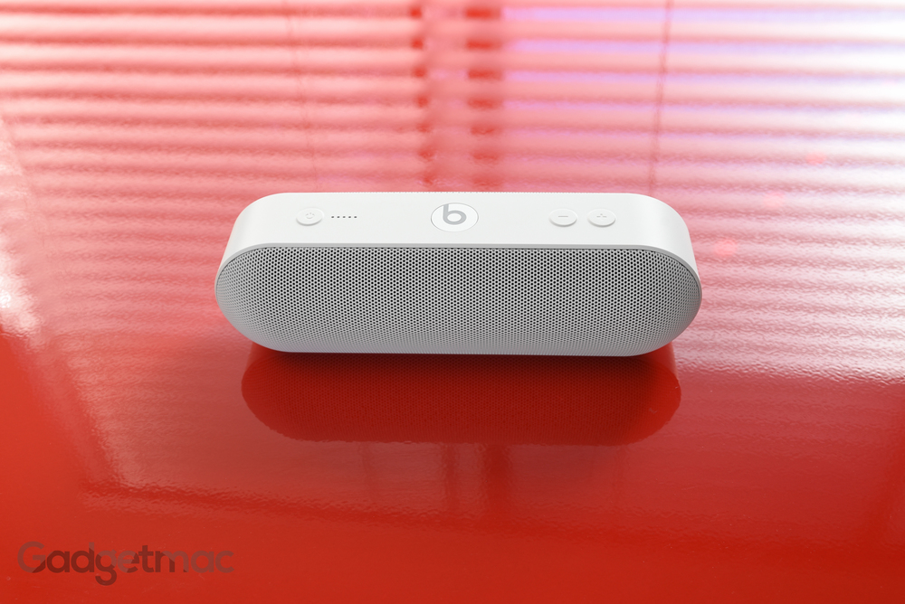 beats-pill-plus-3.jpg