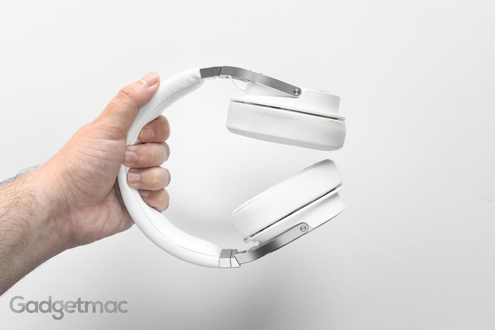oppo-pm-3-over-ear-planar-magnetic-headphones.jpg