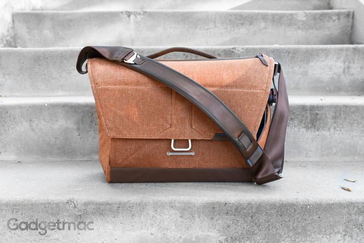 Peak Design The Everyday Messenger Bag Review — Gadgetmac