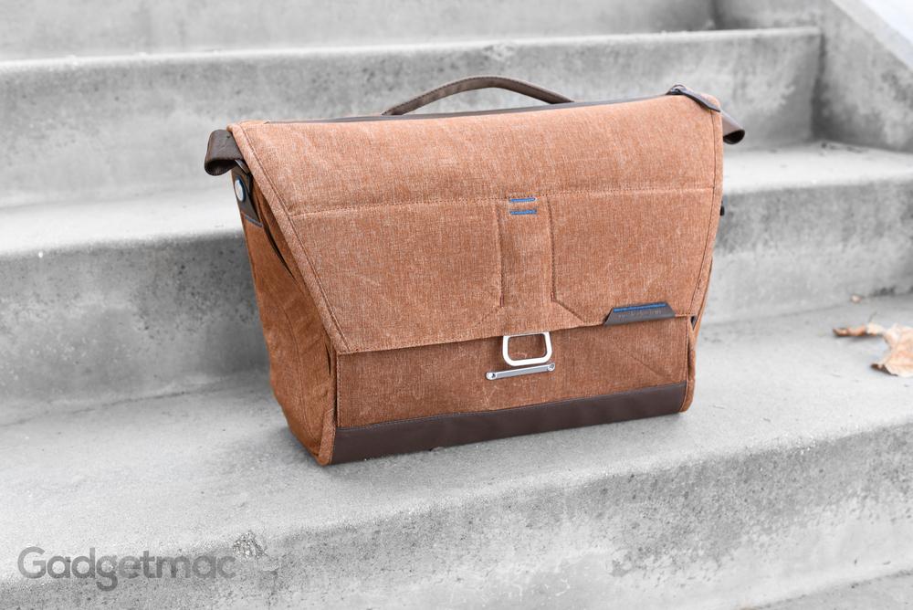peak-design-the-everyday-messenger-camera-gear-bag.jpg