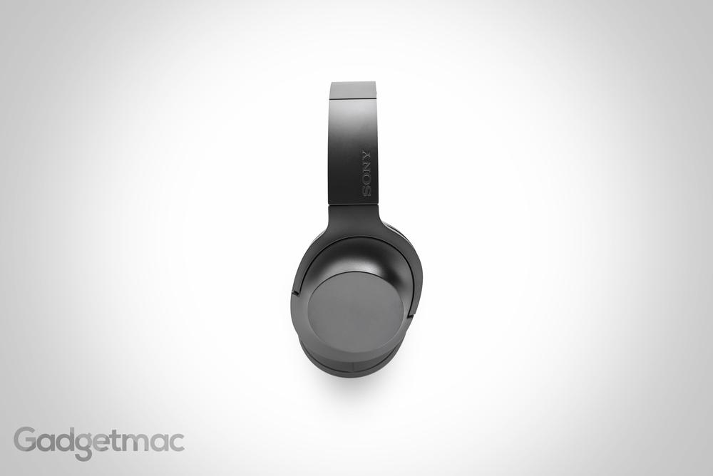 sony-hear-on-headphones-hero.jpg