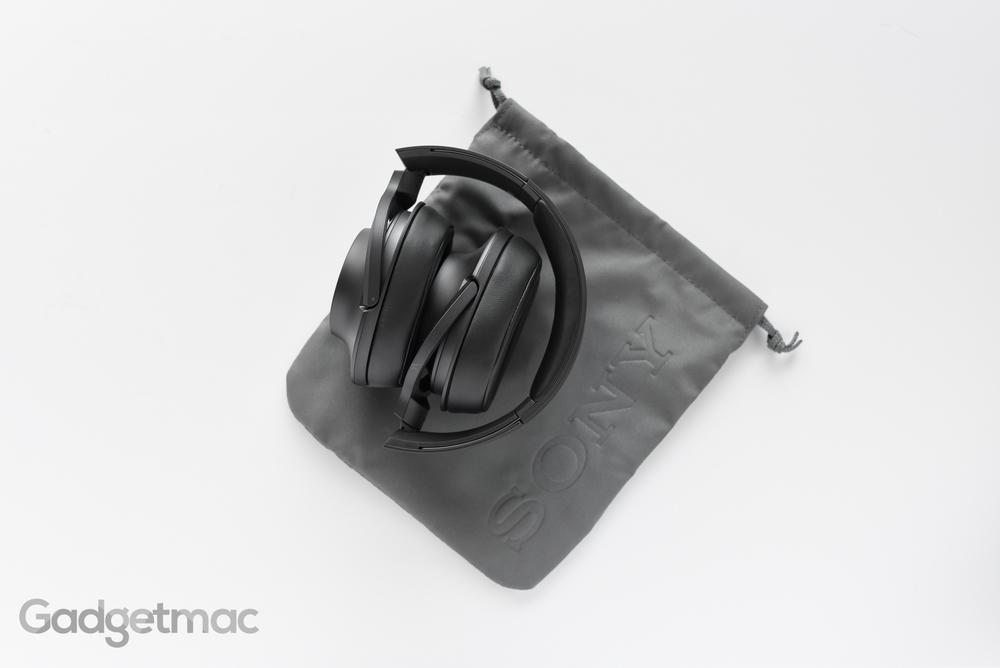sony-hear-on-headphones-folded.jpg