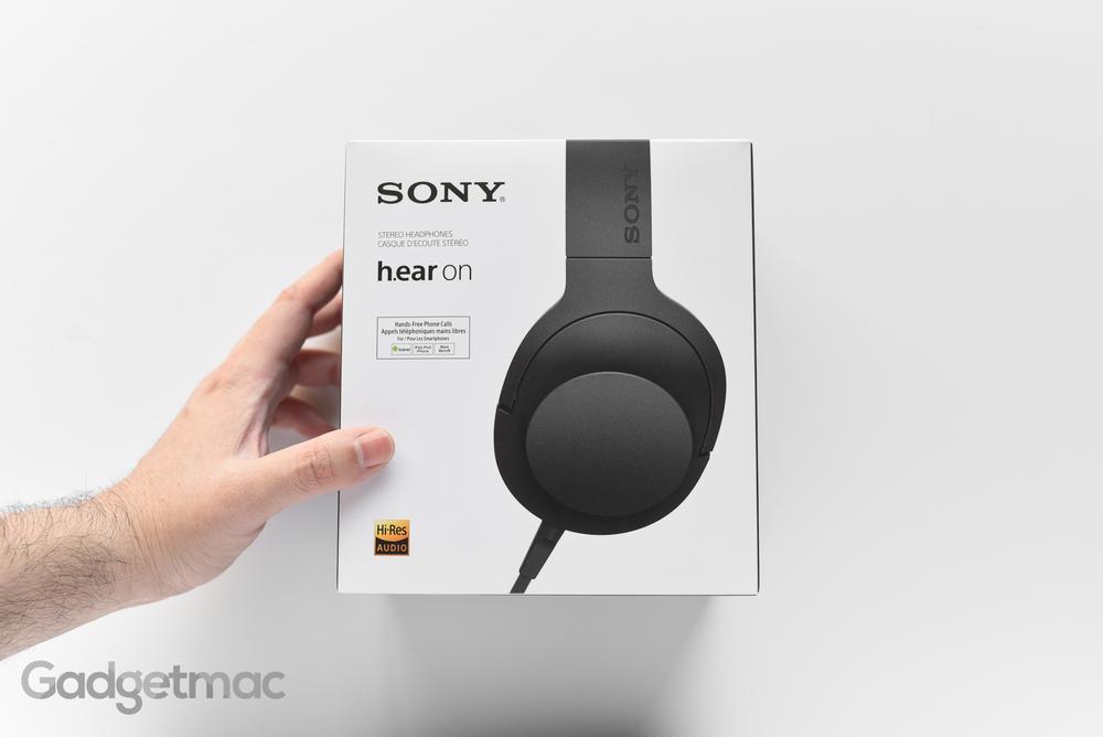 sony-hear-on-headphones-packaging.jpg