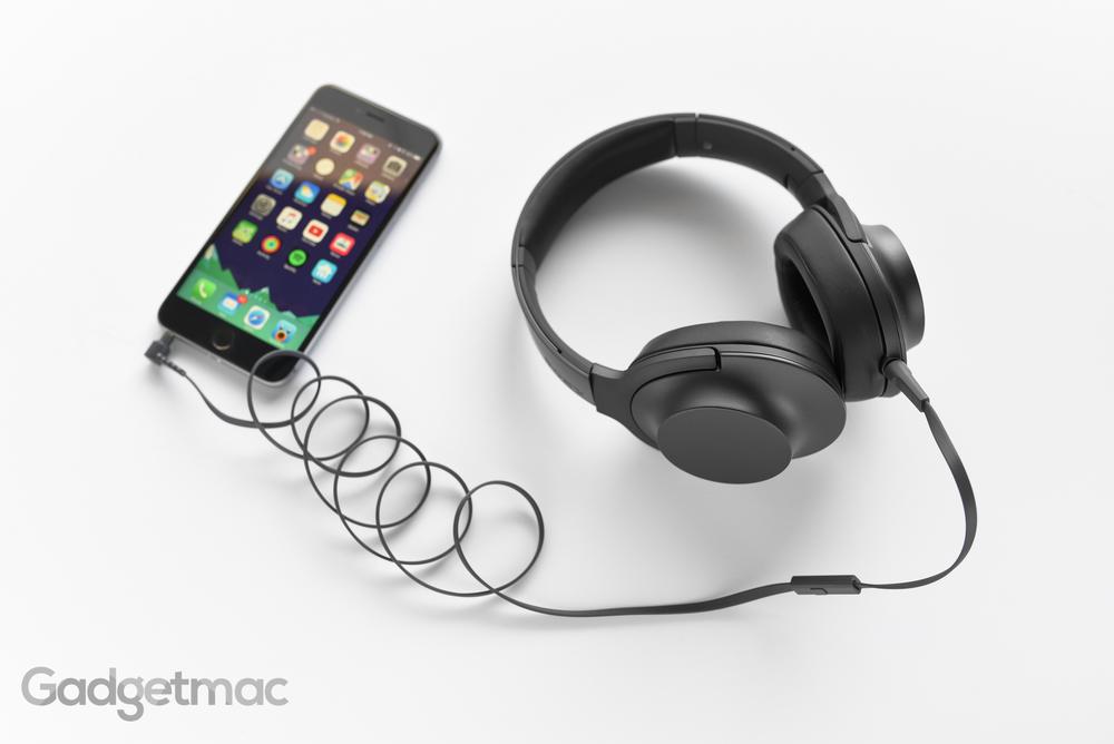 sony-hear-on-mdr-100aap-charcoal.jpg