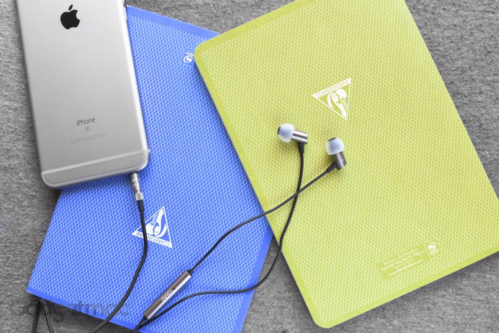 rha-s500i-aluminum-in-ear-headphones.jpg