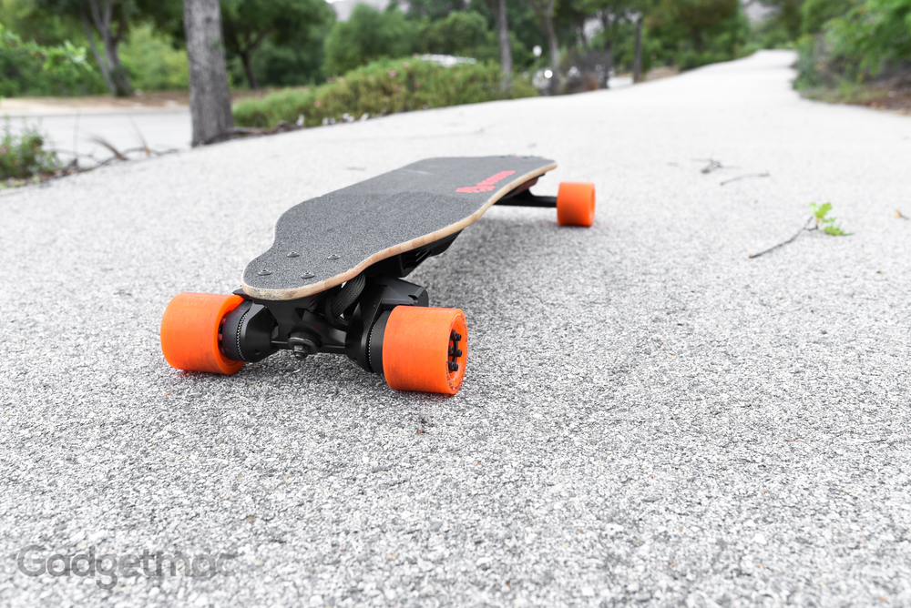 boosted-board-dual-plus-electric-skateboard.jpg