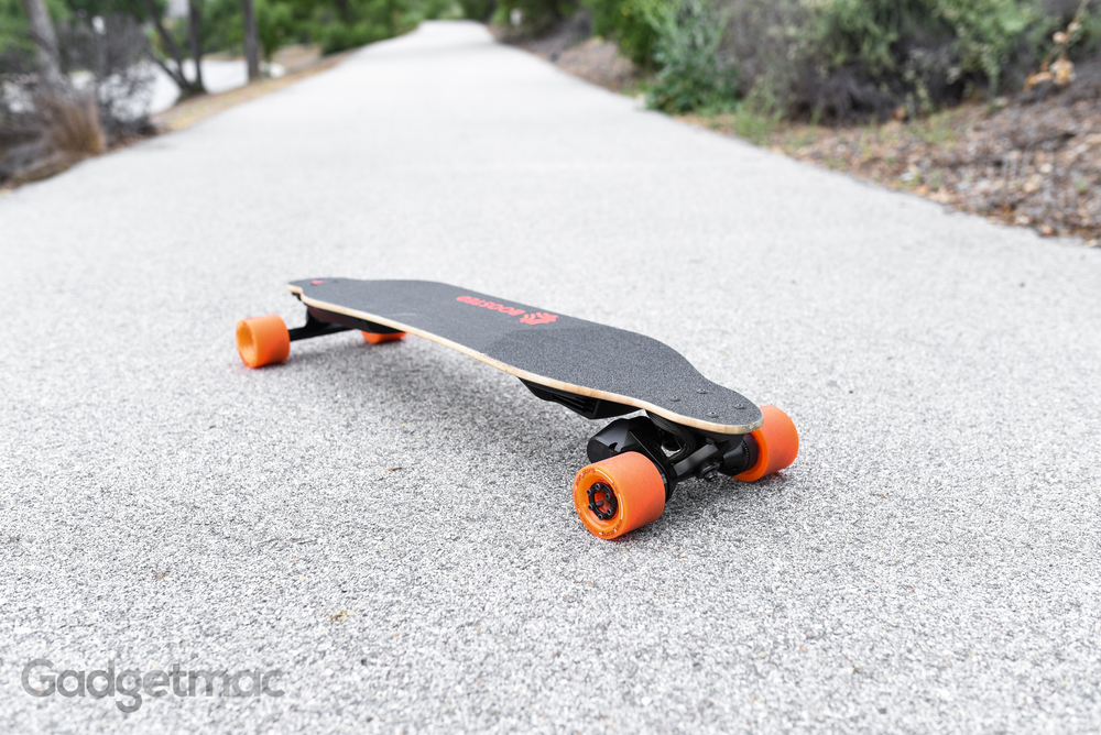 boosted-board-dual-plus-electric-skateboard-riding.jpg