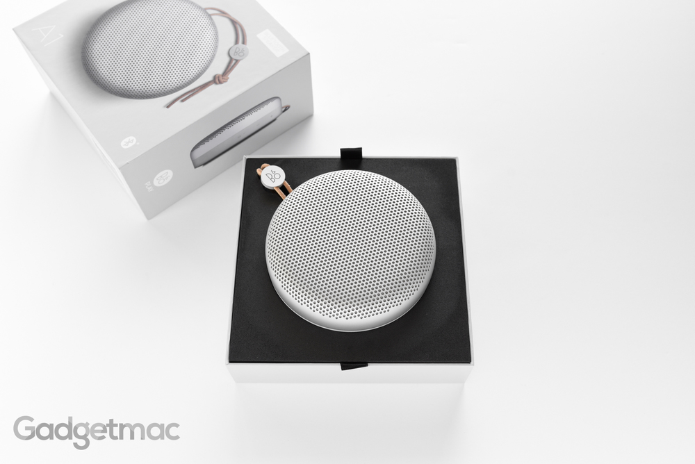 bang-olufsen-beoplay-a1-portable-speaker-unboxing.jpg