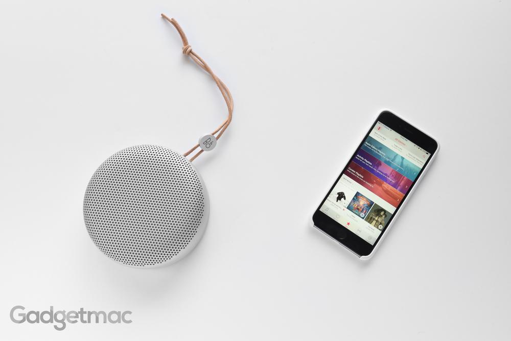 bang-olufsen-a1-portable-wireless-speaker-1.jpg