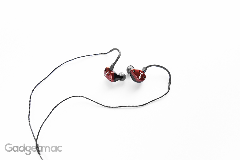 fender-fxa6-dual-hybrid-driver-in-ear-headphones.jpg