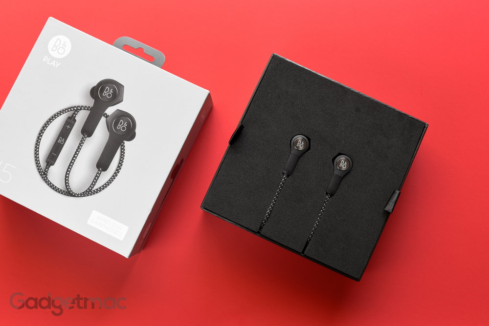 bang-olufsen-beoplay-h5-unboxing.jpg