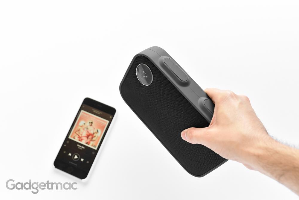 libratone-one-click-portable-wireless-speaker.jpg