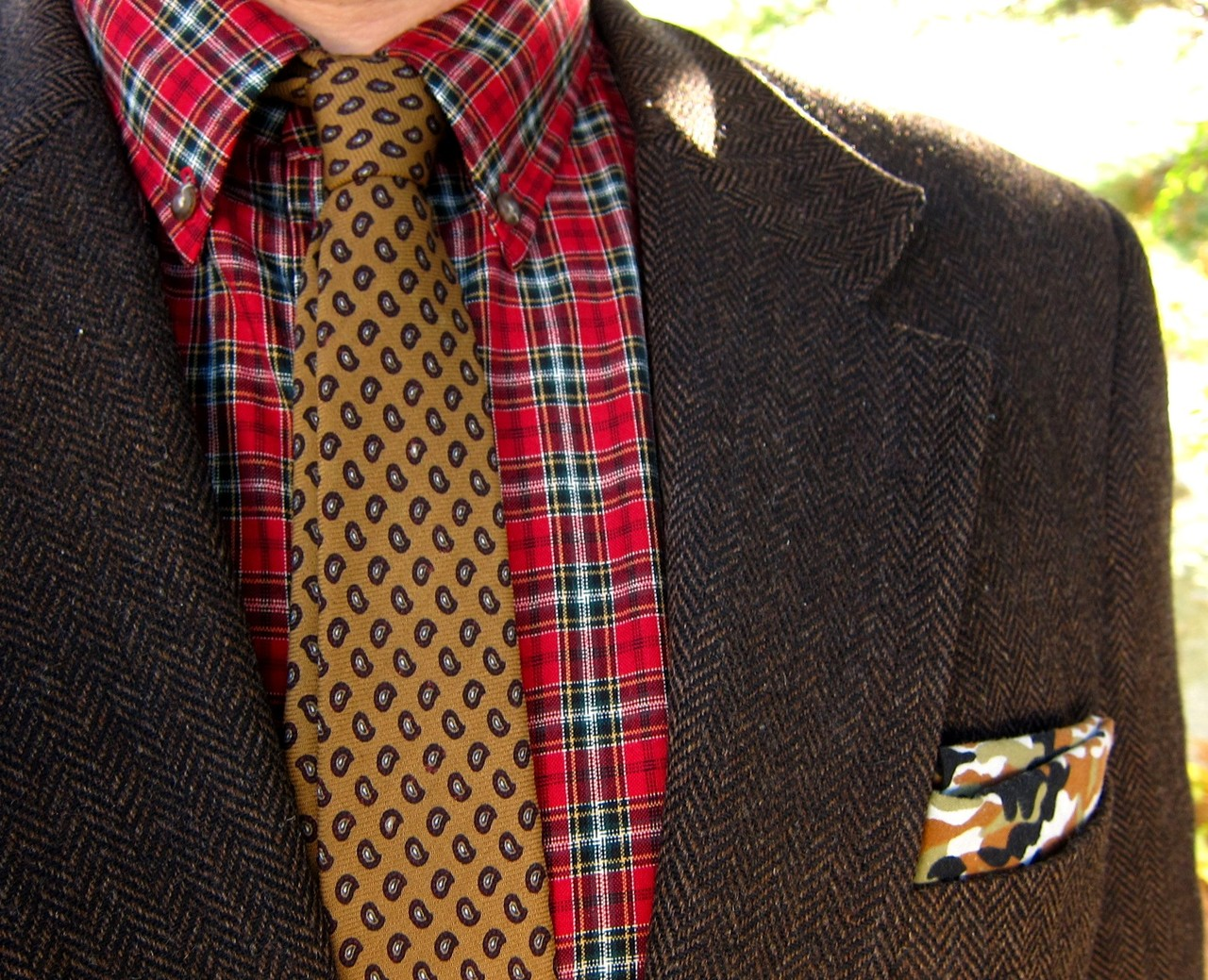 eightinhand :     Today: Liberty paisley wool challis necktie, Pendleton wool tartan button-down, brown herringbone tweed jacket, printed cotton camouflage bandana. All vintage.