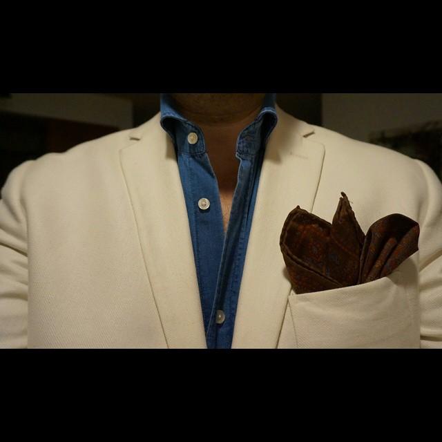 Casablanca    #modepopuli #moda #menwithstyle #menswear #mensfashion #mensclothing #mensootd #fashionpost #fashion #hm #hmtrend #pocketsquare #gqstyle #GQ #ootd #casablanca