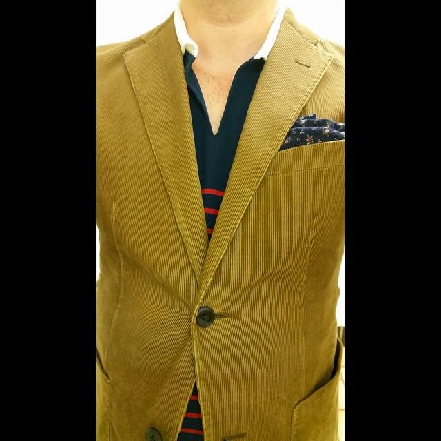 Fantastic Mr. Fox    #modepopuli #moda #menwithstyle #menswear #mensfashion #mensclothing #mensootd #fashionpost #fashion #uniqlousa #uniqlo #michaelbastian #LA #losangeles #style #pocketsquare #followme #corduroy #wesanderson #GQ #gqstyle #ootd #fantasticmrfox