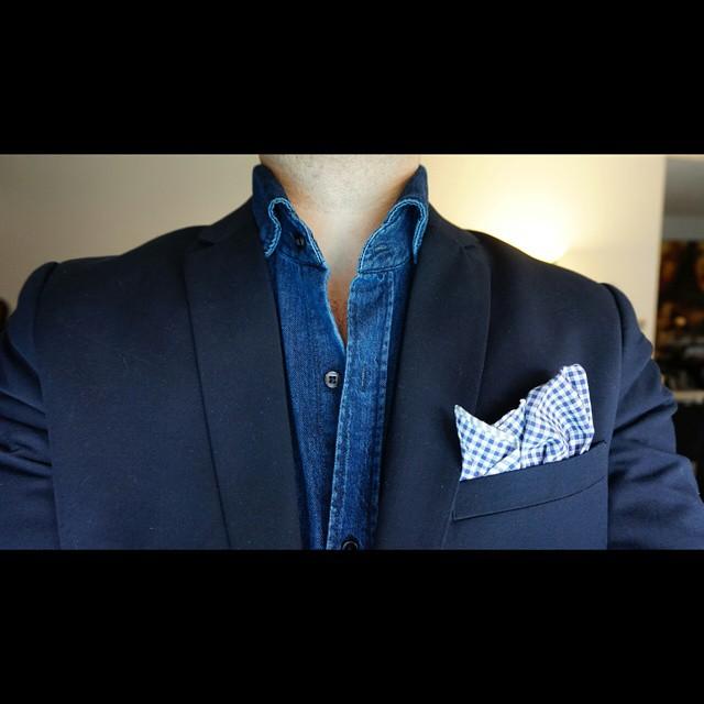 Blue shield    #modepopuli #moda #menwithstyle #menswear #mensfashion #mensclothing #mensootd #fashionpost #fashion #hm #hmtrend #pocketsquare #gqstyle #GQ #ootd #21men #blueshield