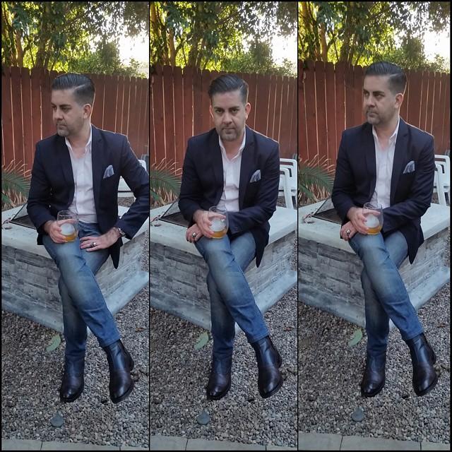 Triple Crossed    #modepopuli #moda #menwithstyle #menswear #mensfashion #mensclothing #mensootd #fashionpost #fashion #mensstyle #GQ #gqstyle #allsaints #zarausa #zara #G2000 #21men #pocketsquare #clarkeandbarba #triplecrossed