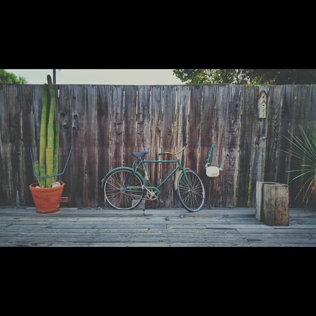 Fixie    #modepopuli #moda #menwithstyle #menswear #mensfashion #mensclothing #style  #bike #photo #photography #bike #bicycle #losalamos #vintage #fixie