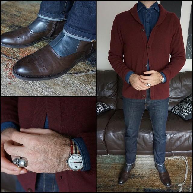 Sweater Weather    #modepopuli #moda #menwithstyle #menswear #mensfashion #mensclothing #mensootd #fashionpost #fashion #hm #hmtrend  #zara #zarausa #timex #GQ #gqstyle #gqstylehunt #gqego #style #dapper #dapperstyle #sweaterweather