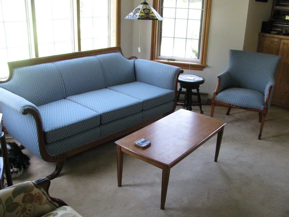 Rembourrage larriv e 450 473 7777rembourrage larriv e for Divan et fauteuil
