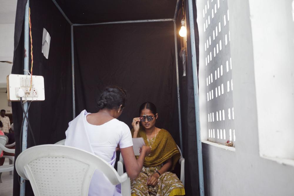 20110226_aravind-field-clinic_08.jpg