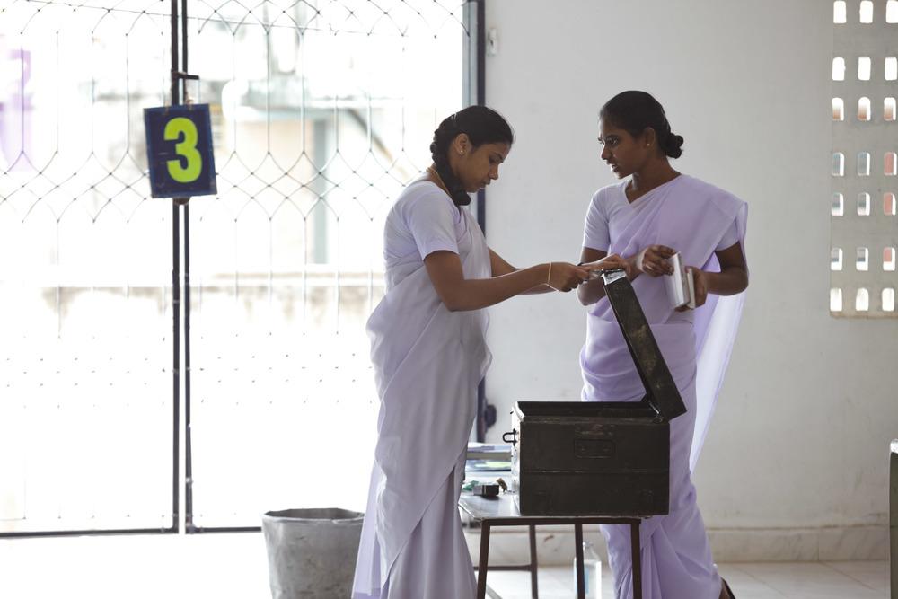20110226_aravind-field-clinic_11.jpg