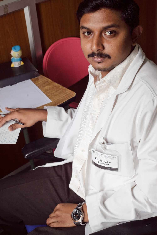 aravind_portraits_12.jpg
