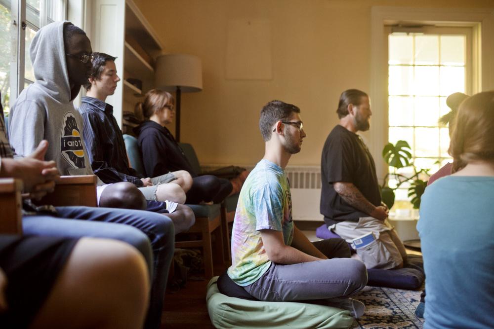 ibme-meditation-yoga_14.jpg