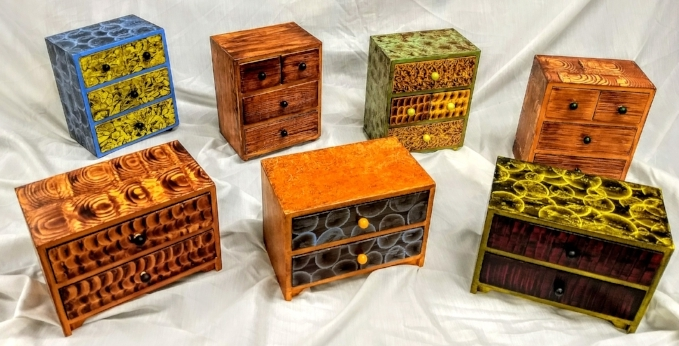 Student grained boxes at Common Ground class