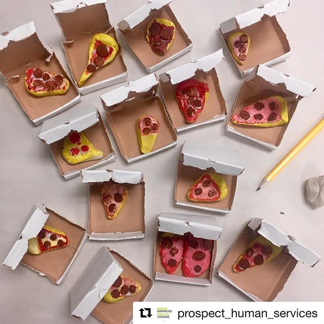 This past week I had the pleasure of leading a workshop with @lari_laroo at @prospect_human_services. Together with the clients, we made these amazing tiny pizzas! Thank you so much @prospect_human_services for the opportunity to share the joy of miniatures :) #Repost @prospect_human_services with @get_repost ・・・ Prospect artists were thrilled to host local talents Tom Brown and Larissa Costella for a workshop and talk. Both have been practicing in miniature since graduating from the the Alberta University of the Arts. They shared their passions with the group and led them through a project of bite size proportions, touching on themes of interaction, play and the way art permeates into their every day lives. ⠀ ⠀ Follow their work @tombrowncreates & @lari_laroo