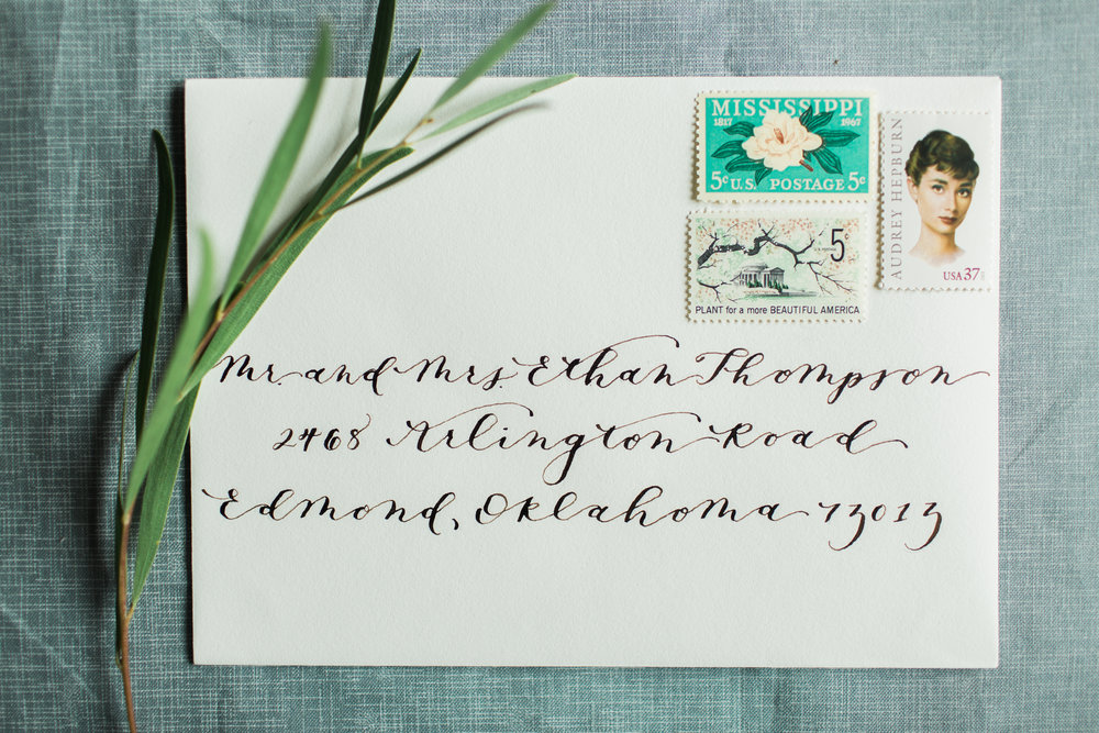 Modern Flowy Calligraphy