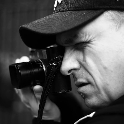 Jens Holbein // Peoplephotographer // Leica Enthusiast and Apple Freak :)
