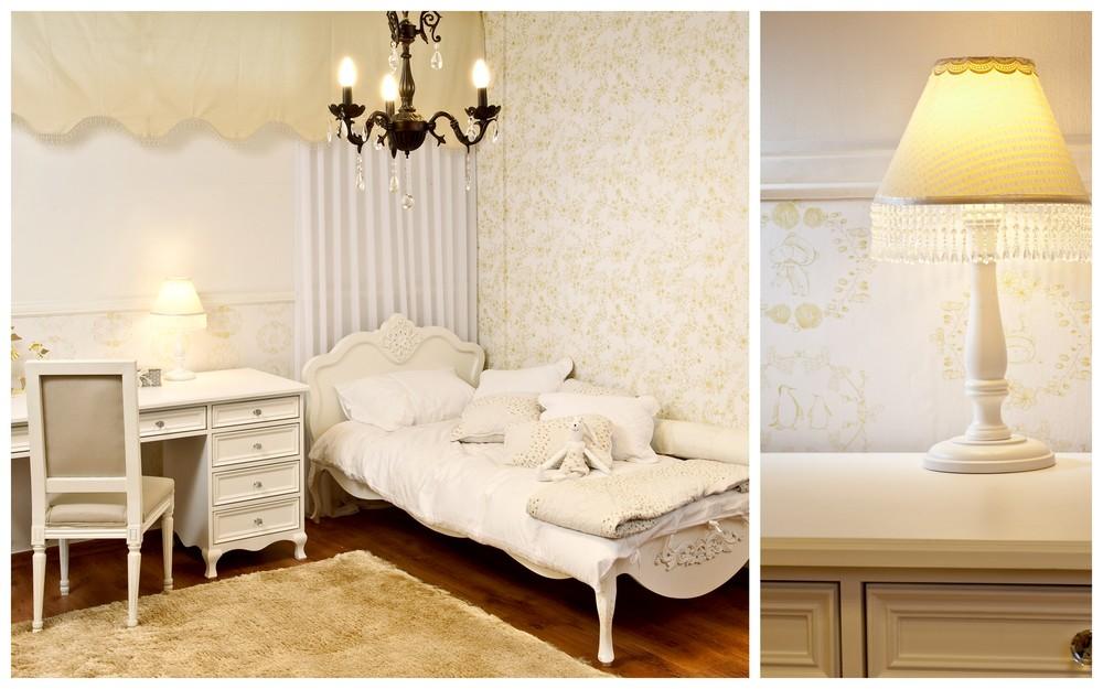 חדר יעלי מיטה ושולחן כתיבה עם רגלי לואי מגולפות בעבודת יד, בעיצוב פרובאנס