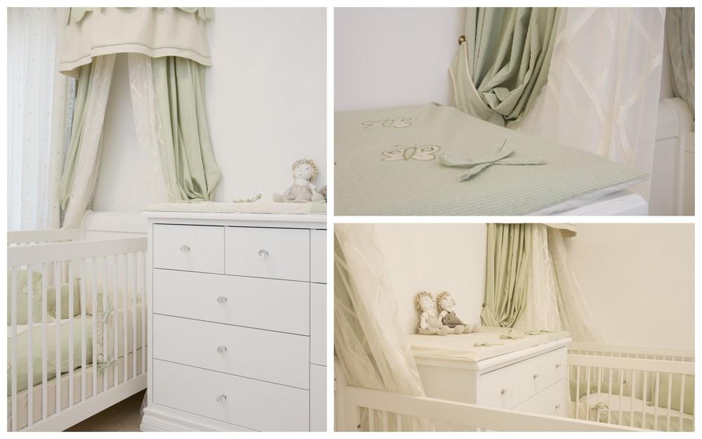 חדר תינוקות לתאומות בקו נקי ומודרני ,עם כילות מעוצבות מעל למיטות ומצעים, בהזמנה מיוחדת בעבודת יד