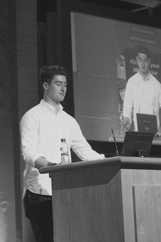 Luke Mackey (NCI), Bamboo, winner of the Student Summit 2016 pitch competition