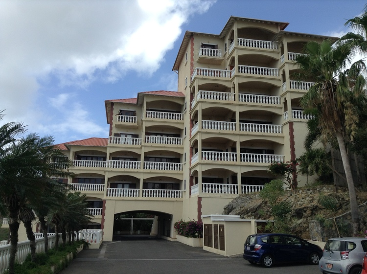 First establishment in Sint Maarten awarded with the Green Key eco-label