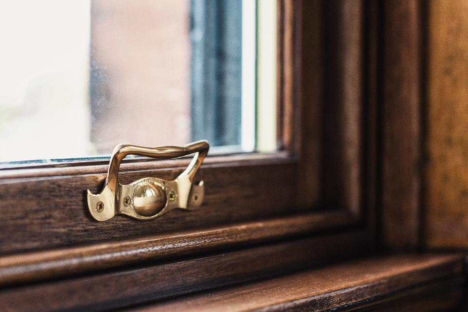 gold ironmongery