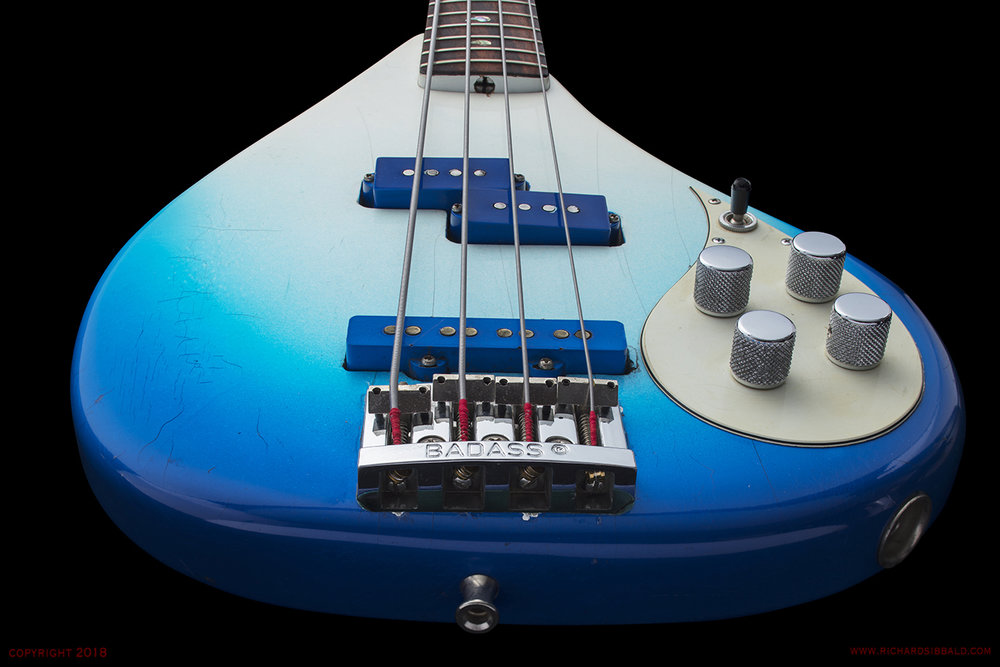 FENDER-PB-68-SPACE-BASS-BLUE-SN-23879-041.jpg