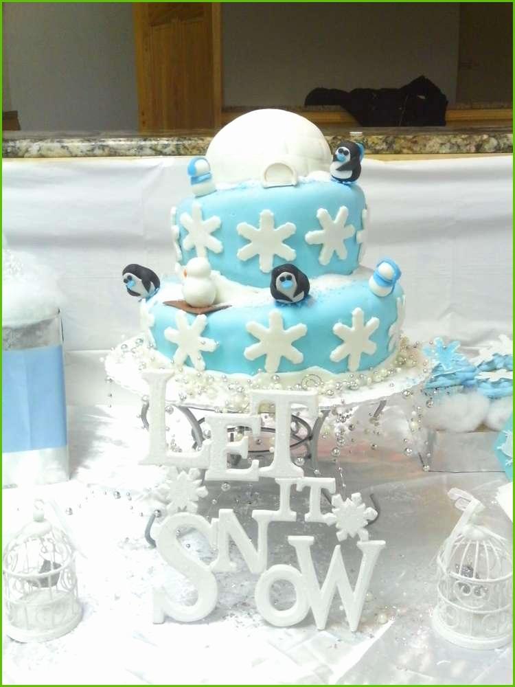 winter cupcake.jpg