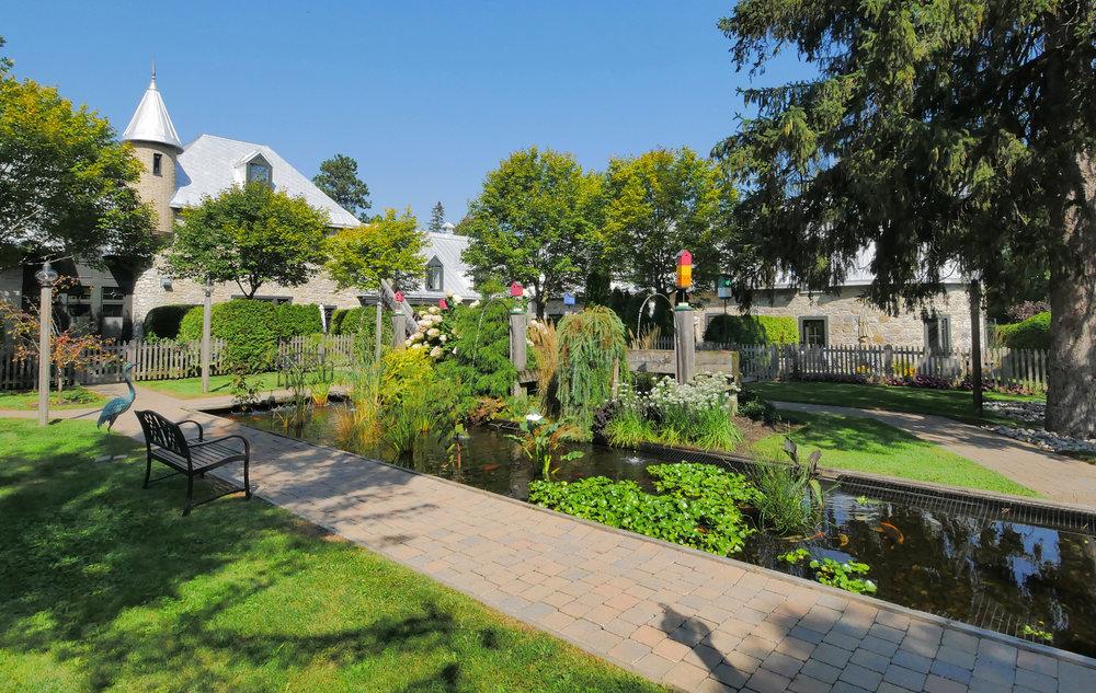 Jardin avant.jpg