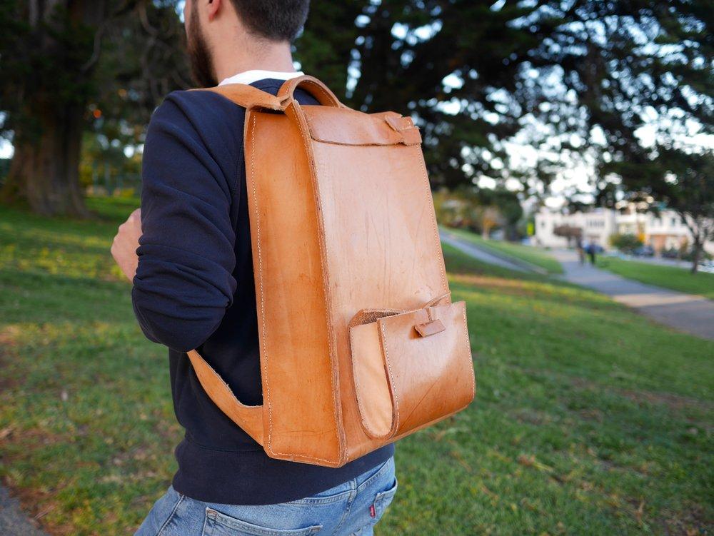 LeatherBackpackWear01.JPG