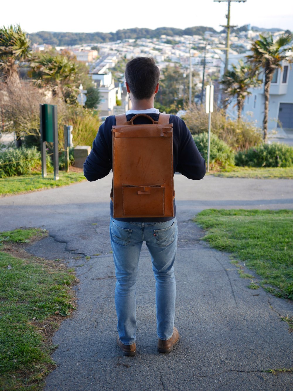 LeatherBackpackWear02.jpg