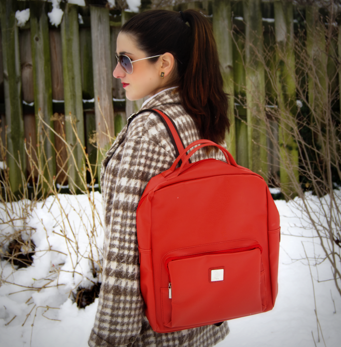 march+snow+and+backpacks%252C+yo+louboutins+and+love+fashion+personal+style+blog+coat+jcrew+white+button+down+red+shiny+gold+rings+nail+polish+jewelry+collar+sunglasses+ponytail+trendy+leggings+black+love+outfit+inspiration+pattern+plaid+houndstooth.png